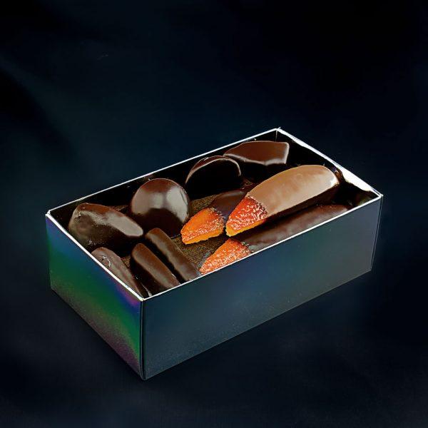 Ballotin assortiment fruits confits au chocolat noir et lait